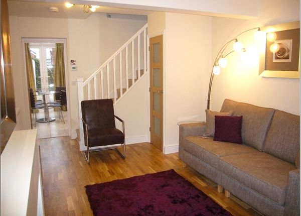 1 bed terraced house to rent in Wellington Street, Oxford