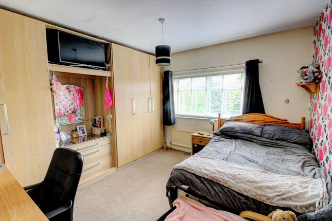 Bedroom of Oakdene Avenue, Heald Green, Cheadle SK8