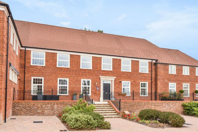 Thumbnail Terraced house for sale in Ryebridge Lane, Upper Froyle, Hampshire