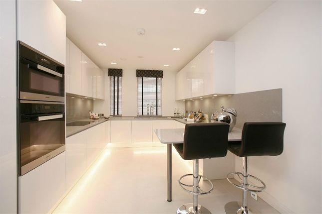 Thumbnail Flat for sale in Flat 2 Cherry Tree Hill House, High Road