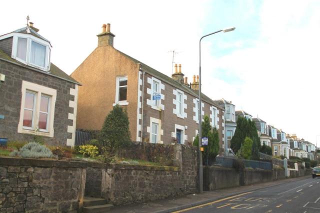 Thumbnail Flat to rent in Albert Street, Tayport