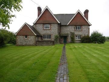 Thumbnail Detached house to rent in Wolfs Lane, Alton