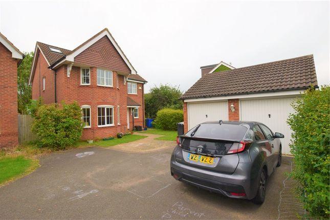 Thumbnail Detached house to rent in 39 Wake Way, Grange Park, Northampton