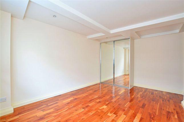 Master Bedroom of The Plaza, 135 Vanbrugh Hill, Greenwich, London SE10