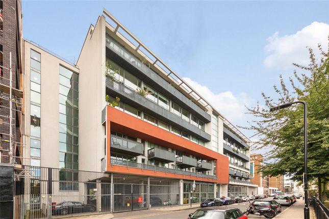 Thumbnail Flat for sale in Wenlock Road, Islington, London