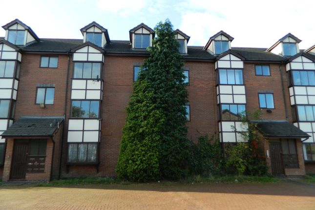 Thumbnail Flat to rent in Langdale Avenue, Levenshulme, Manchester