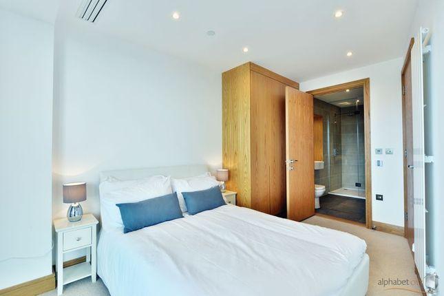 Master Bedroom Leading To En Suite