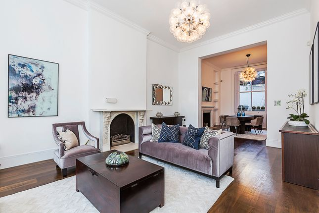 3 bed flat for sale in Elvaston Place, London