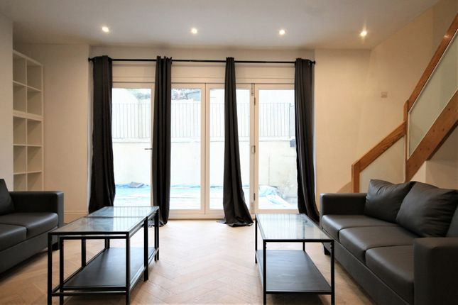 Thumbnail Flat to rent in Beacon Hill, Islington