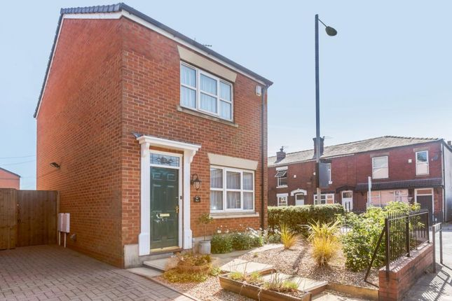 Thumbnail Detached house to rent in Dukinfield Road, Hyde