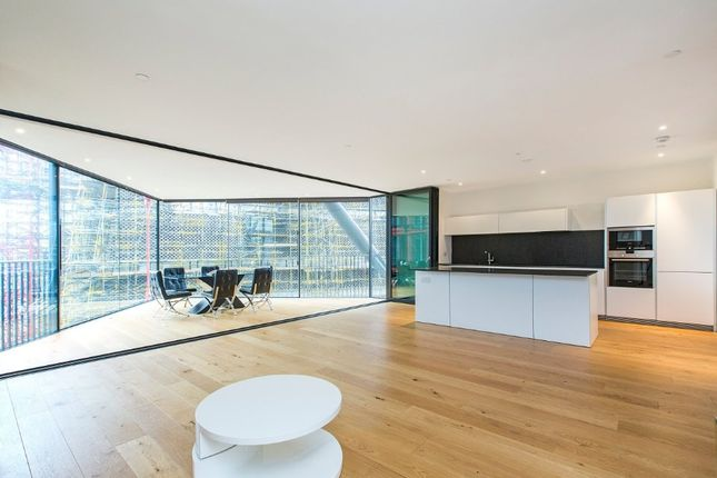 Thumbnail Flat for sale in Holland Street, London