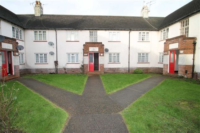 Thumbnail Property to rent in Buckfield Court, Iver, Berkshire