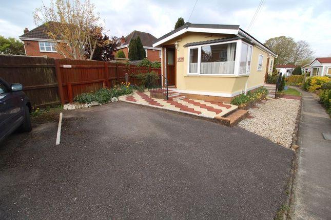 1 bed mobile/park home for sale in Locksacre, Old Gloucester Road, Alveston, Bristol BS35