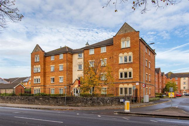 2 bed flat for sale in Clos Dewi Sant, Canton, Cardiff CF11