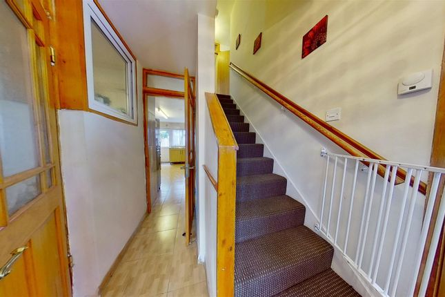 Thumbnail Property for sale in Kent Street, London, Plaistow