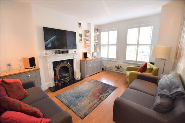 Thumbnail End terrace house to rent in Estcourt Road, Woodside, Croydon