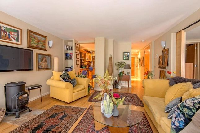 1 bed flat for sale in West Heath Road, Hampstead