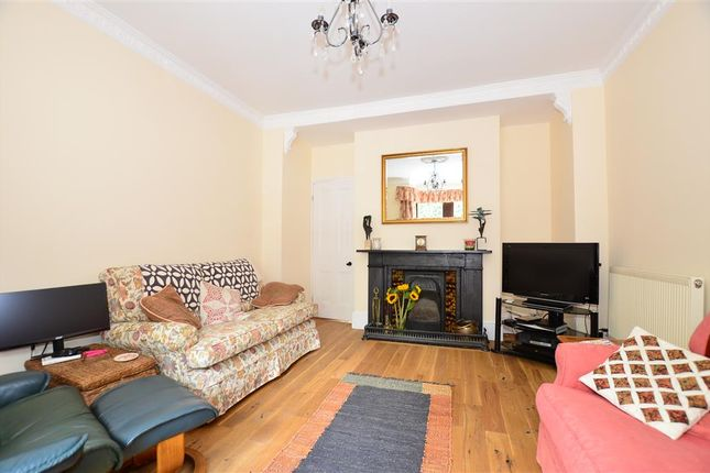 Thumbnail Detached house for sale in Ashford Road, Faversham, Kent