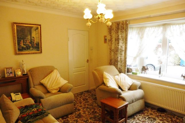 Lounge of Overdale Road, Wombwell S73