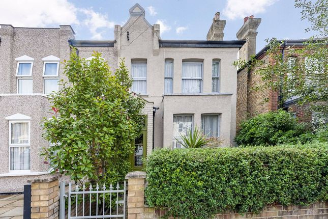 Thumbnail Property for sale in Barrow Road, London