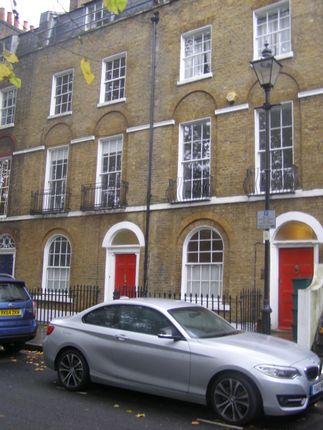 2 bed flat to rent in Duncan Terrace, London