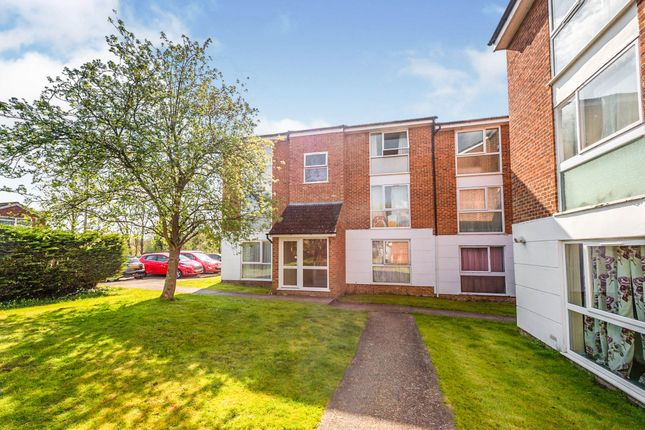 1 bed flat for sale in Lakeside Place, London Colney, St. Albans AL2