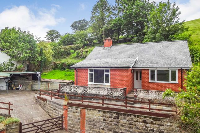 Thumbnail Bungalow for sale in Watergate Street, Llanfair Caereinion, Powys