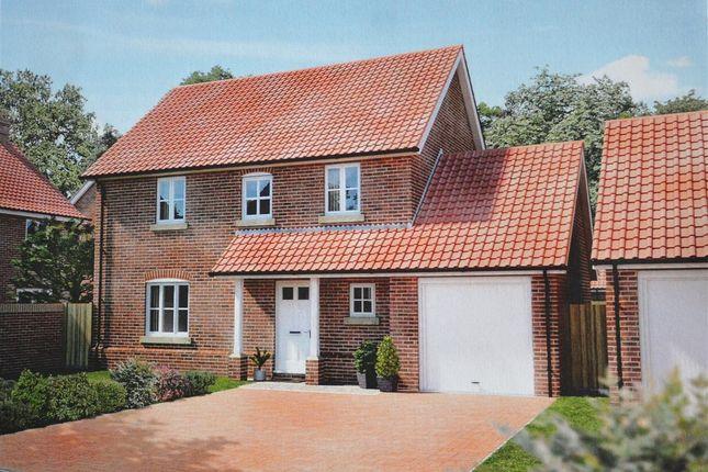 Thumbnail Property for sale in Oaks Lea, Acle, Norwich