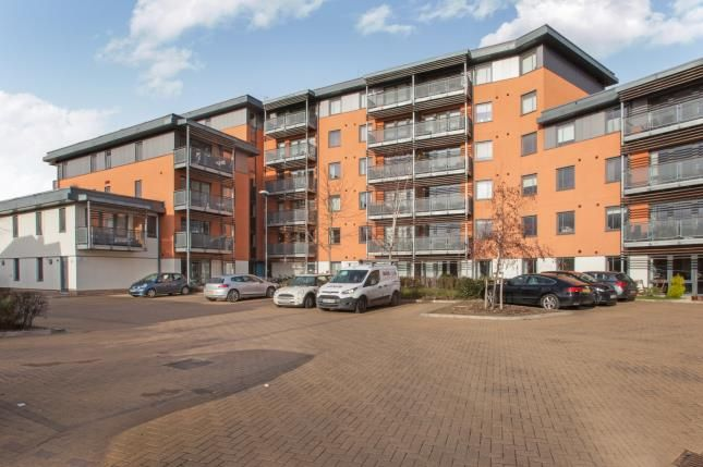 Thumbnail Flat for sale in Chelmsford, Essex, Uk
