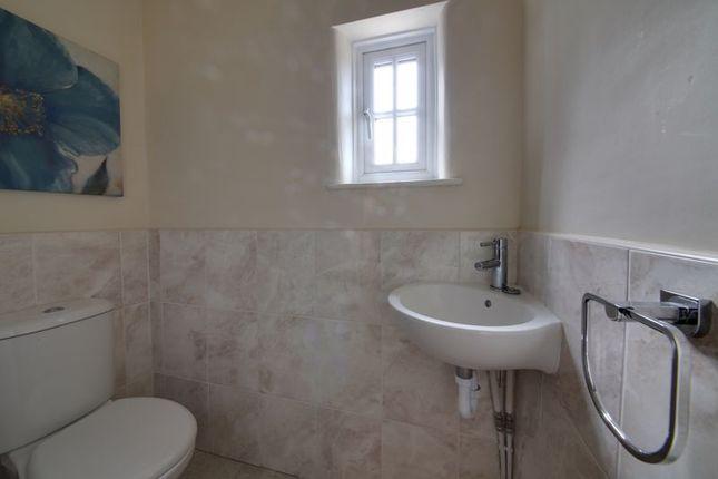 Bathroom of Tarvin Road, Frodsham WA6