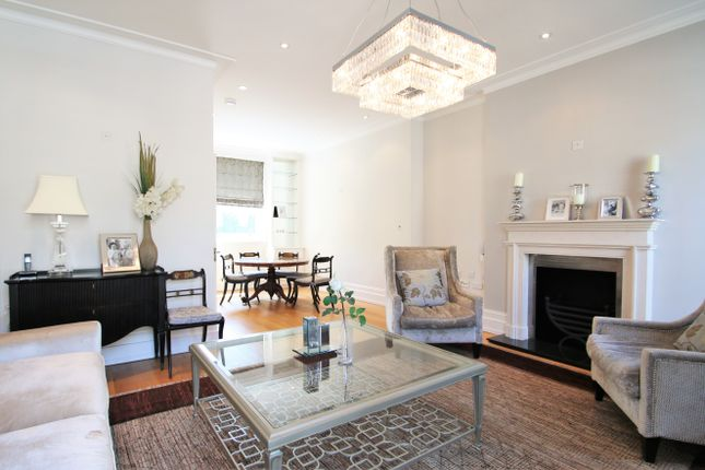 Thumbnail Town house to rent in Cliveden Place, Belgravia, London