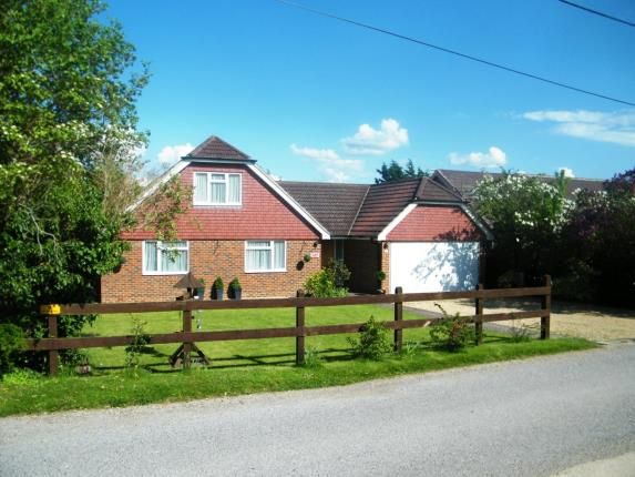 Thumbnail Detached house for sale in Alton, Hampshire