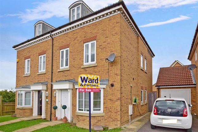 Thumbnail Town house for sale in Hedgers Way, Kingsnorth, Ashford, Kent