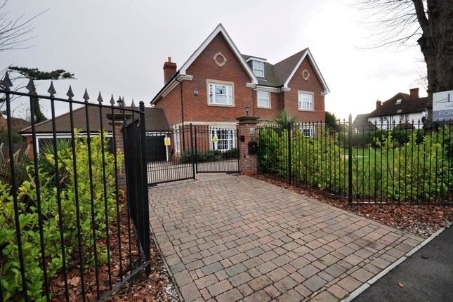 Thumbnail Property to rent in Herbert Road, Hornchurch