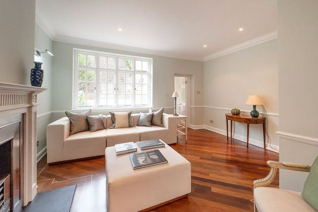 Thumbnail Terraced house for sale in Montpelier Place, Knightsbridge