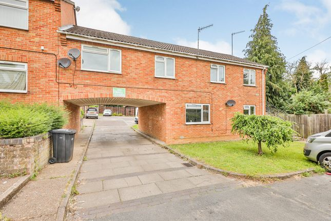 Thumbnail Flat for sale in Lusher Rise, Norwich