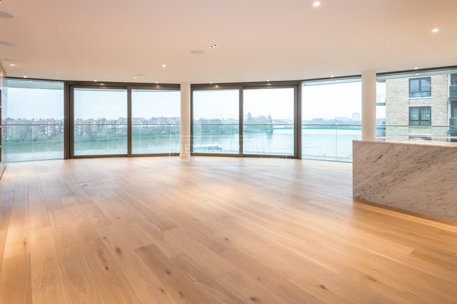 Thumbnail Flat to rent in Fulham Reach, Hammersmith