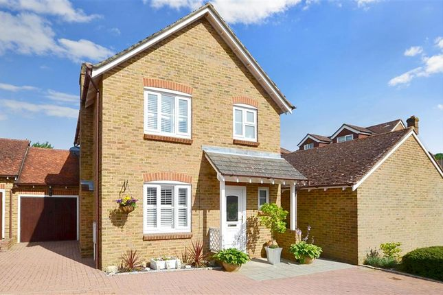 Thumbnail Link-detached house for sale in Old School Close, Lenham, Maidstone, Kent