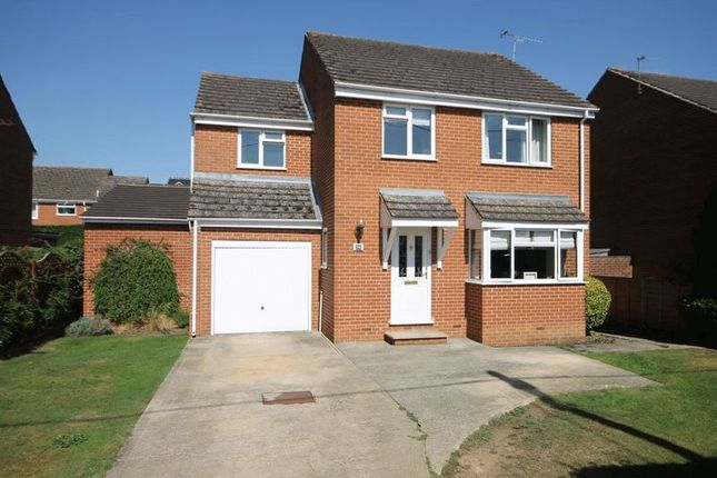 Thumbnail Detached house for sale in The Moors, Kidlington