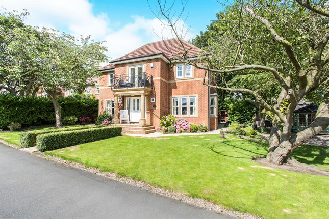 Thumbnail Detached house for sale in Kings View, Pontefract