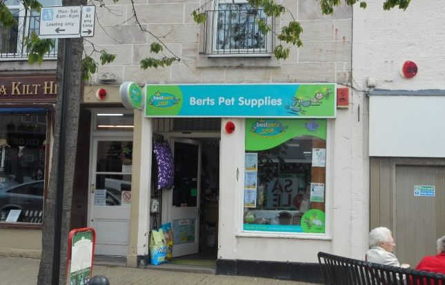 Thumbnail Commercial property for sale in High Street, Alloa