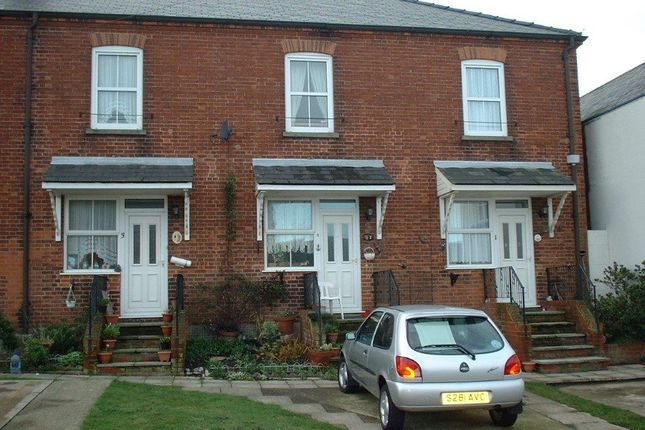 Thumbnail Property to rent in The Poplars, Avondale Road, Gorleston
