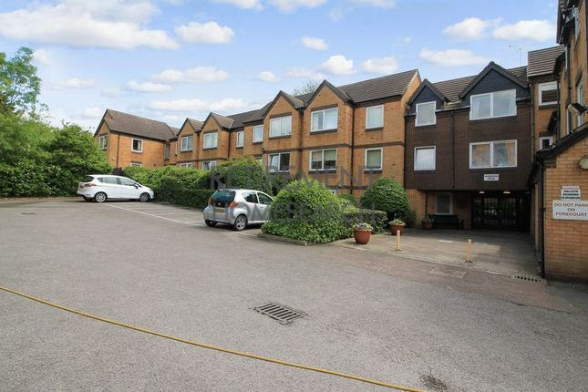 Thumbnail Flat for sale in Homebush House, Chingford