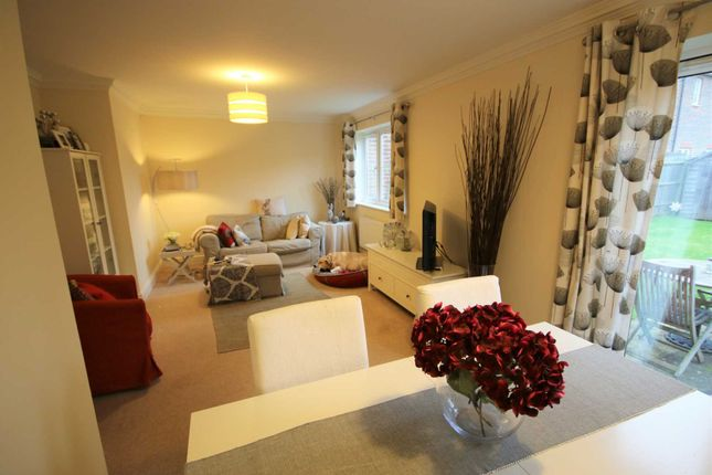 Thumbnail Semi-detached house to rent in Tithing Road, Elvetham Heath, Fleet
