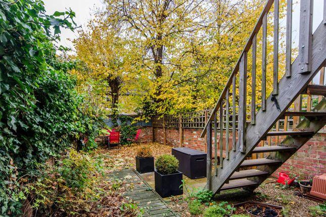 Thumbnail Flat to rent in Ridley Road, Wimbledon