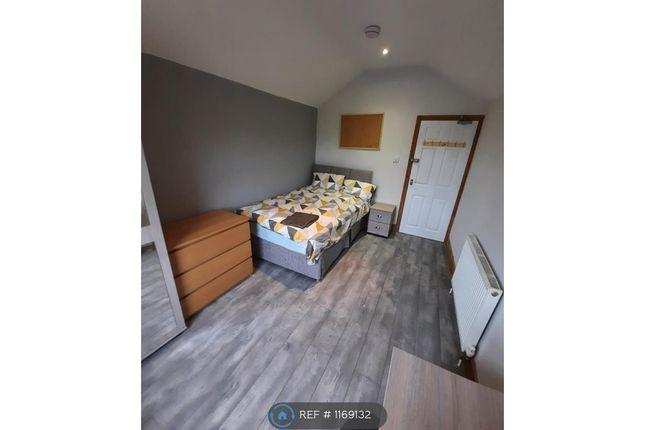 Room to rent in Sydney Street, Burton-On-Trent DE14