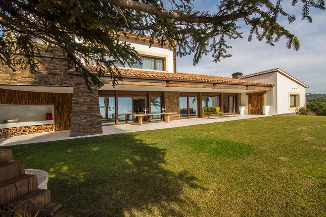 Thumbnail Villa for sale in Llaveneres, Costa Barcelona, Spain