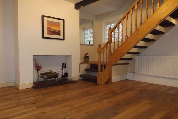 Thumbnail Cottage to rent in Copster Place, Oldham
