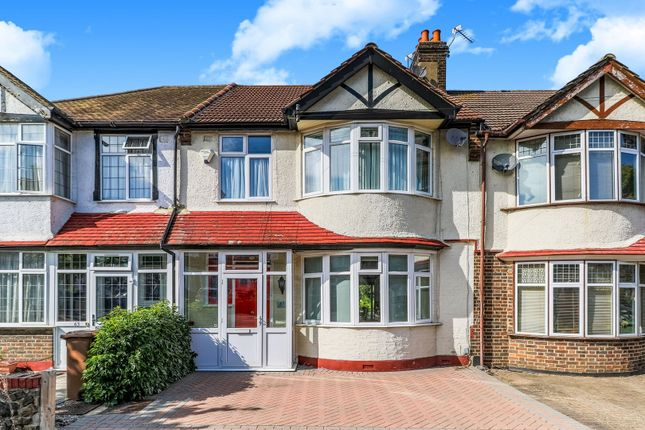 Thumbnail Terraced house for sale in Godalming Avenue, Wallington