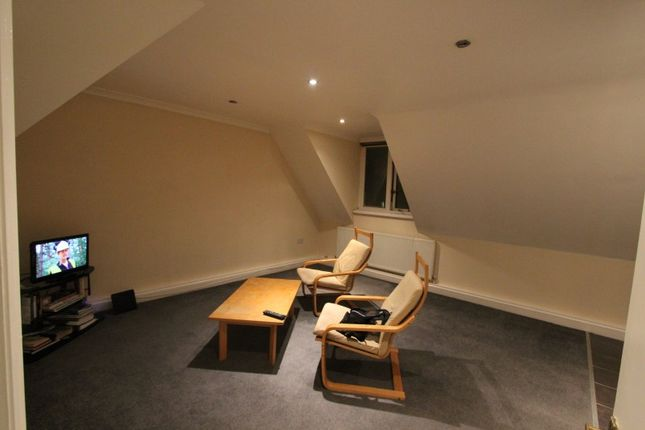 Thumbnail Flat to rent in Sun Street, Waltham Abbey Essex